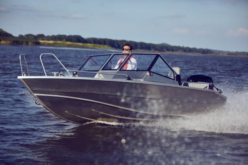 Лодка TUNA Boats 545 DC