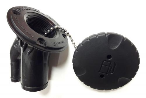 Топливная горловина Attwood пластиковая черная угловая