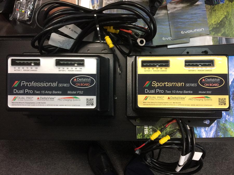 Зарядные устройства Dual Pro